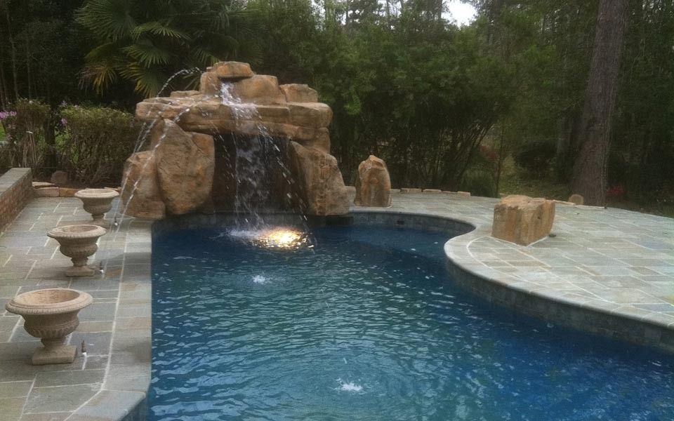 Custom Built Swimming Pools